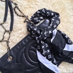 Authentic Louis Vuitton Silk Scarf Black & White